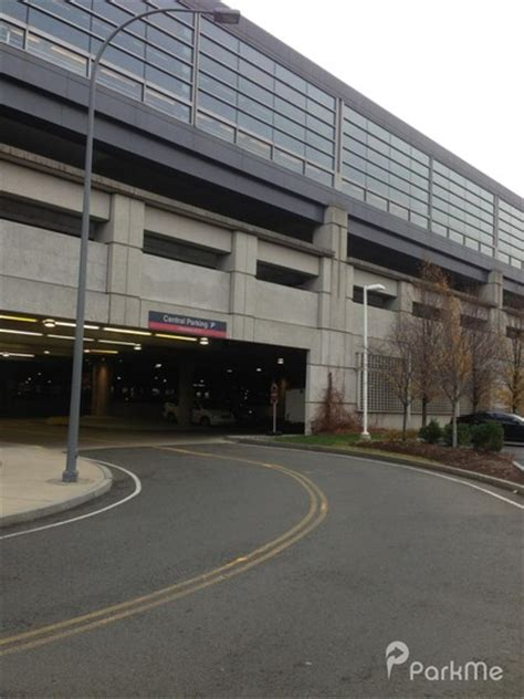 End Boston Parking Garage by Bos Central Parking Parking In Boston Parkme