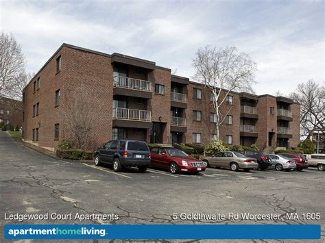 3 bedroom apartments in worcester ma ledgewood court apartments worcester ma apartments for rent