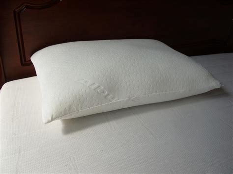 luxury bed pillows helibeds same day or next day delivery of bed