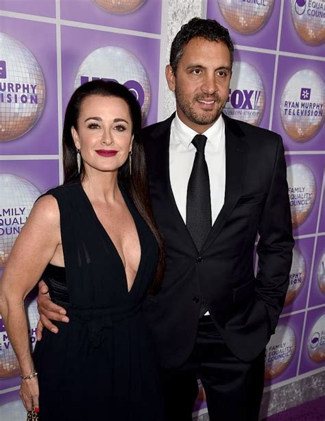 latest gossip housewives beverly hills real housewives of beverly hills gossip kyle richards
