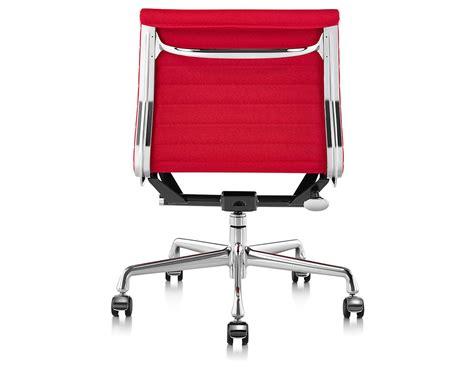 Eames Aluminum Management Chair by Eames 174 Aluminum Management Chair With No Arms Hivemodern