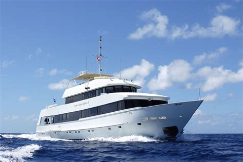Recomend Luxury Skincare Original charitybuzz luxury 7 diving liveaboard excursion
