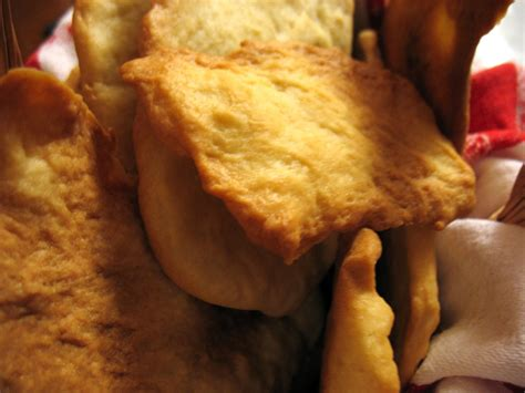 schiacciatina mantovana schiacciatina mantovana ricetta per farla croccante e calorie