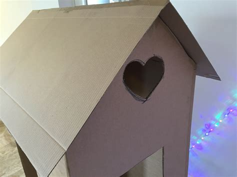 come costruire una casa di cartone come costruire una casetta giocattolo in cartone