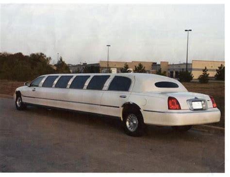 lincoln limo lincoln limousine photos news reviews specs car listings