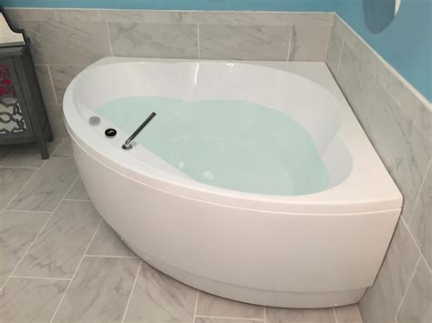 acrylic bathtub cleaning aquatica cleopatra wht corner acrylic bathtub cablecarchic interior design to