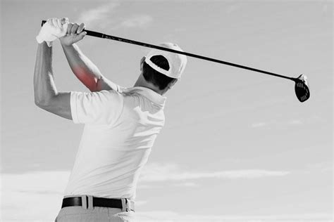 swing elbow what s the difference between tennis elbow and golfer s elbow