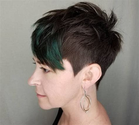 undercut hairstyles for older women 12 pixie haircuts for older women goostyles com