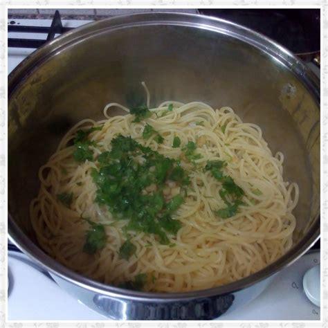 peperoncino in cucina spaghetti aglio olio e peperoncino una spia in cucina