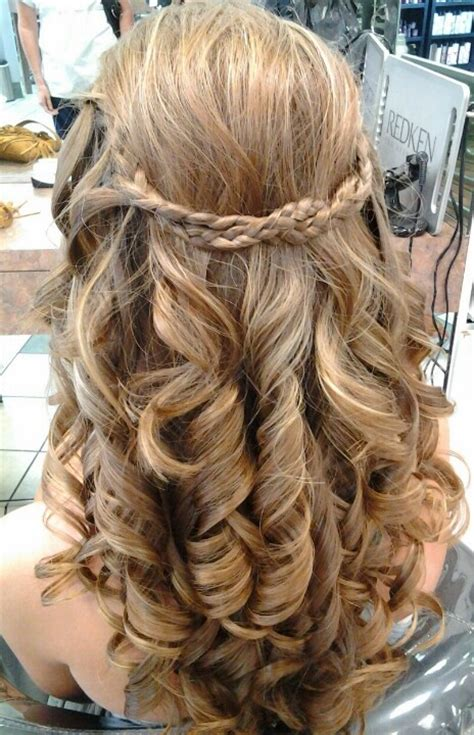 Prom Hairstyles Curls by Prom Hair Curls And Braid Prom