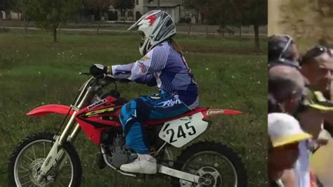 tutte le ragazze di futura e il motocross
