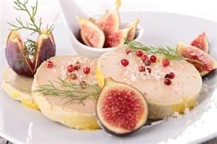 le gras encore plus de foie gras dans l assiette 224 no 235 l 16 01