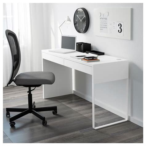 scrivanie piccole per pc scrivanie ikea e moderne camerette scrivanie