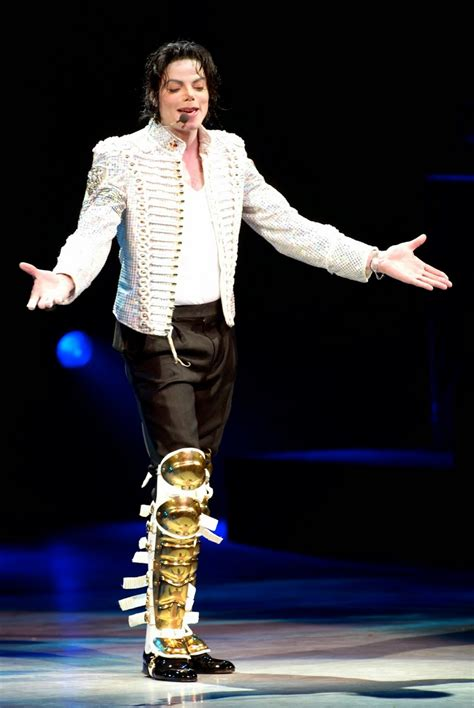 michael jackson biography facts michael jackson bio facts family career whoisbiography