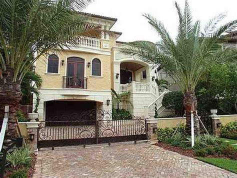 biggest house in florida tours and photos of the biggest houses in florida florida celebrity homes miami