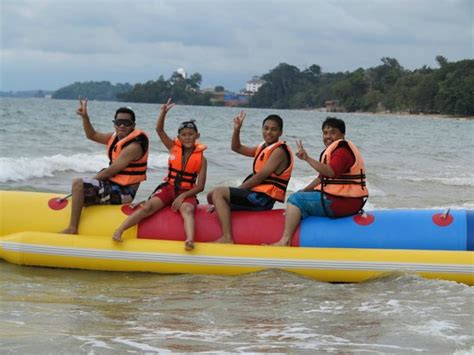 banana boat ride port dickson window bed big enuf for a 6 yo to sleep picture of