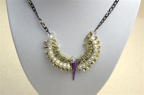 Handmade Necklace Ideas - how to design your own jewelry a cool necklace out of