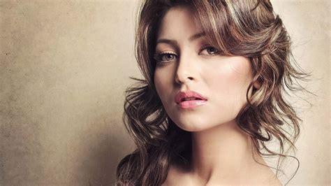 bollywood heroine wallpaper full hd bollywood actress wallpaper hd 2018 74 images