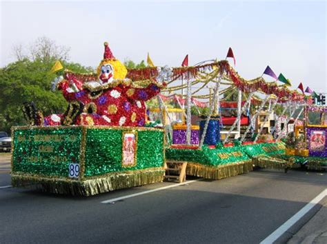 carnival parade themes 34 best images about homecoming float ideas on pinterest