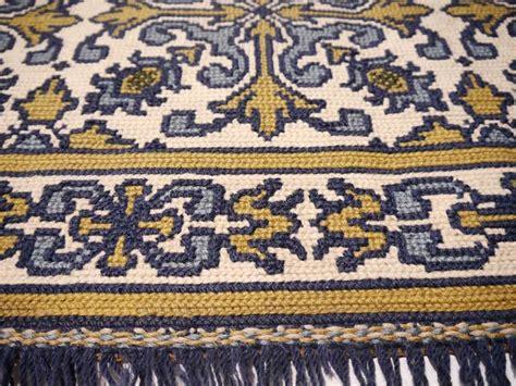portuguese rugs vintage portuguese needlepoint rug image 2
