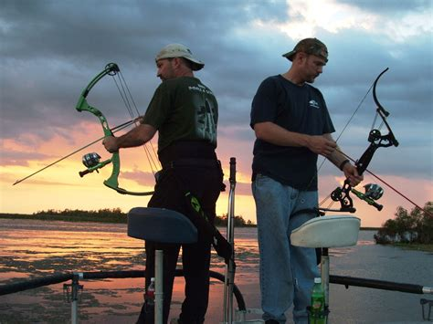 ultimate bowfishing boat gear up bowfishing ultimate summer fun bowhunting 360