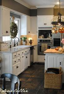 Gray Kitchen With White Cabinets by Kitchen White Cabinets Amp Gray Walls Matt Amp Meredith S