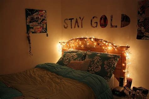 what color light bulb for bedroom beautiful bed bed room bedroom color image 285568