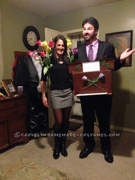 punny halloween couple costume tulips   organ