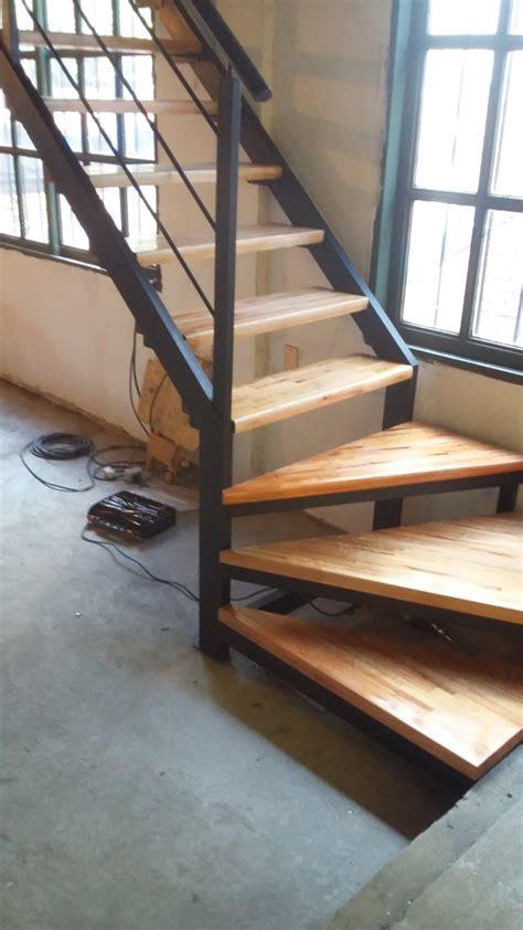escalera interior escaleras de madera para altillos encuentra escaleras