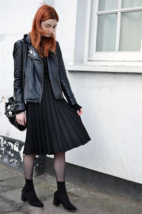 black pleated midi skirt louise fashion