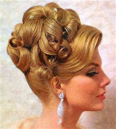 5 facts about 1960 hairstyles 77 best images about 1960 hair on pinterest colorful fashion 1960s and go go boots