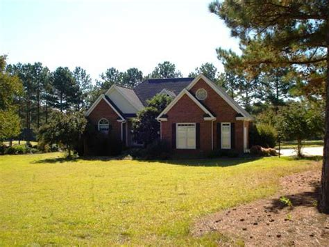 Houses For Sale In Greenwood Sc by 621 Fairway Lakes Rd Greenwood South Carolina 29649