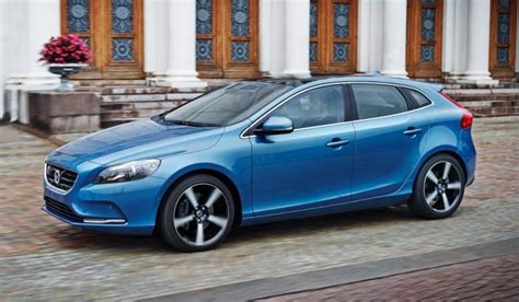 volvo c40 t5 volvo v40 t5 launched in malaysia gets a more powerful