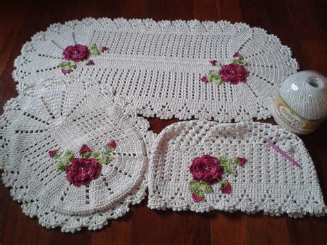 tapetes coloridos de croche jogos e amostra decoracao jogo de tapetes pra banheiro em croch 234 lu croch 234 elo7