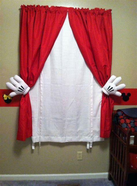 cortina  manos de mickey dormitorios infantiles habitacion de mickey mouse cortinas de