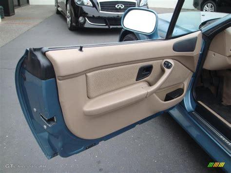 1998 bmw z3 2 8 roadster beige door panel photo 44295106