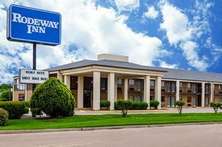 comfort inn cleveland ms rodeway inn hotel in cleveland ms near delta state university