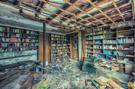 libro abandoned the most beautiful fascinantes y dram 225 ticas fotos de bibliotecas abandonadas libr 243 patas