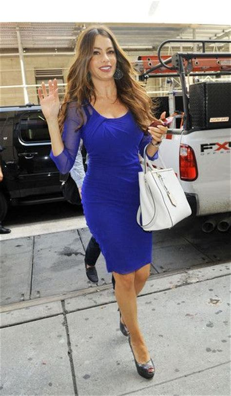 Sofia Blueblack fashion sofia vergara blue dress blue black fashion blue and sofia vergara