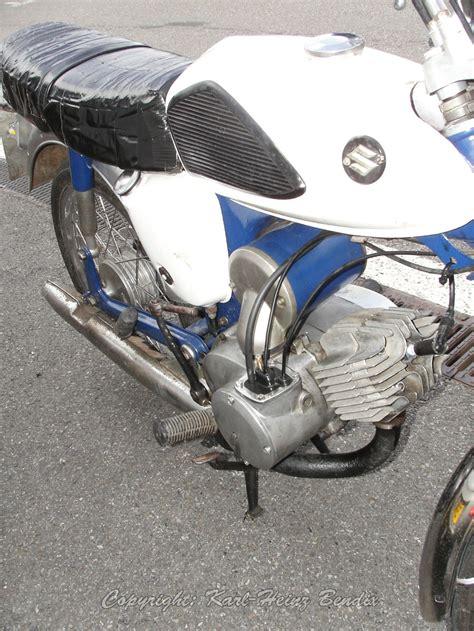 Motorräder Im Classic Look by Bikers Classics 2012