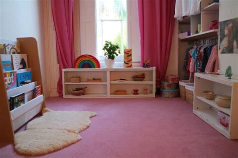 montessori bedroom layout 17 best ideas about montessori bedroom on pinterest