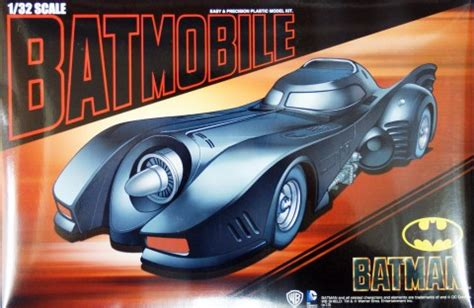 Aoshima Batman Returns 1989 Batmobile 132 Scale Model Kit aoshima plastic model kits 1 32 scale plastic model kits