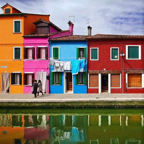 colorfu houses painting burano venice italy colourful places spaces 171 plenty
