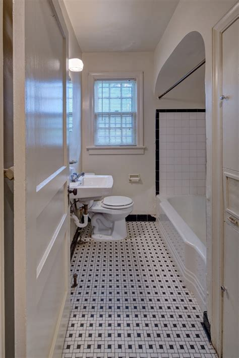 Overton Bathrooms by Overton Place Memphis Tn Apartment Finder