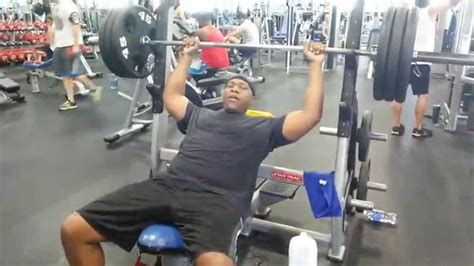 bench press 315 315 incline bench press no spot youtube