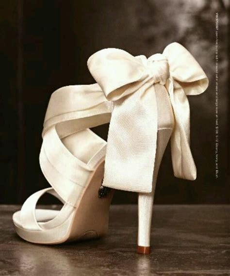 vera wang wedding shoes vera wang wedding shoes shoe obsession