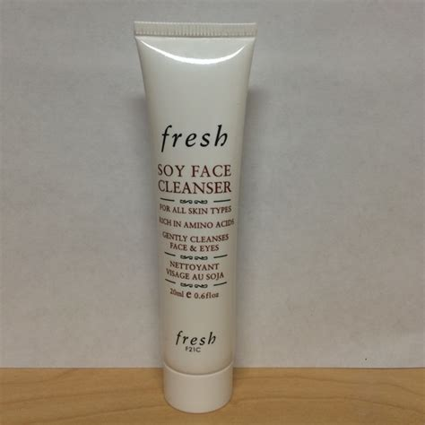 Cleanser Will Travel by Fresh Nwot Fresh Soy Cleanser Travel Size From Deng
