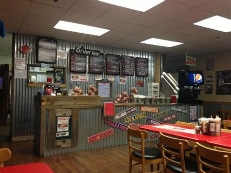 tin shed bbq clinton restaurant reviews phone number