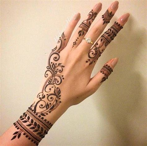 henna tattoo tangan 25 best ideas about henna designs on henna