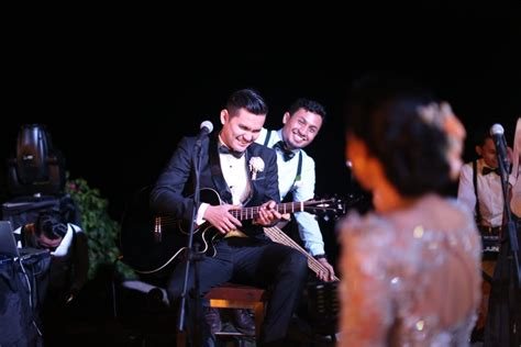 Kain Blackout 2 Sisi Bolak Balik 2 mathilda s wedding in the edge uluwatu the wedding